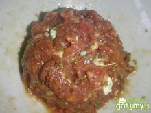 Tatar wołowy z gorgonzolą