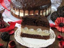 Torcik chałwowo-czekoladowy z bezami