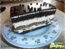 Torcik czekoladowo-orzechowo-śmietanowy