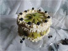 Torcik z kremem cytrynowym i owocami