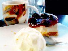Torciki amaretto z wiśniami i gałką lodów