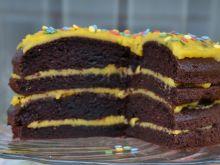 Tort brownie z masą żółtkową