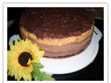 Tort czekoladowo - rodzynkowy