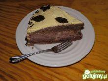 Tort czekoladowy.