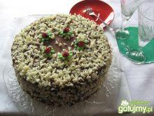 Tort czekoladowy z brzoskwiniami