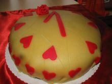 Tort jagodowo-marcepanowy