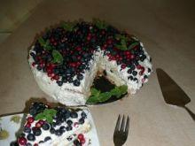 Tort jagodowy z borówkami