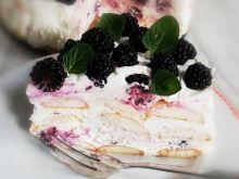 Tort jeżynowy bez pieczenia