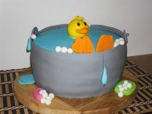 Tort kaczorek w kąpieli