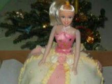 Tort kokosowa lalka