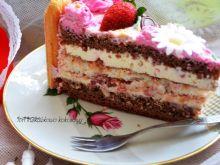 Tort kokosowo truskawkowy