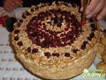 Tort krówkowo-orzechowy