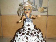 Tort Lalka mleczno- kakaowy