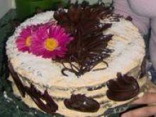 Tort makowy z kremem kawowym