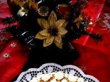 Tort makowy z lekkim kremem kawowym