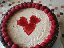Tort malinowo-chałwowy