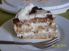 Tort migdałowo- cynamonowy