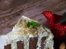 Tort migdałowy w paski