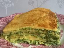 Tort naleśnikowy z masą szpinakową