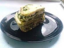 Tort naleśnikowy ze szpinakiem i fetą