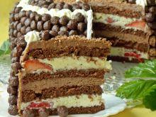 Tort Nesquik z truskawkami