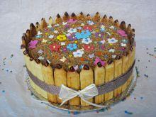 Tort- niespodzianka na Dzień Nauczyciela