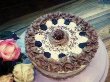 Tort o smaku czekoladowym i cappuccino