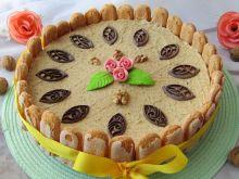 Tort orzechowo- kajmakowy bez pieczenia