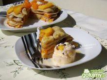Tort owocowy z naleśników
