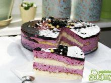 Tort porzeczkowy z pistacjami