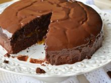 Tort Sachera w wersji wege - Mój pierwszy wegański wypiek, udał się zadziwiająco dobrze: genialny w smaku
