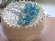 Tort śmietankowo - brzoskwiniowy i ajekoniakowy