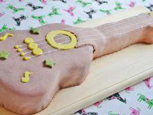 Tort w kształcie gitary