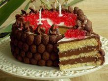 Tort z kremem czekoladowo-orzechowym