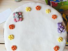 Tort z masą cukrową