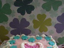 Tort z mleczną pianką