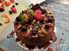 Tort z musem i ganache czekoladowym