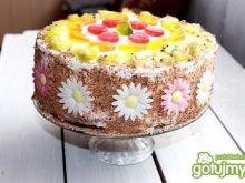 Tort z ponczem i wiórkami czekoladowymi