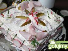 Tort z wędzonym udkiem