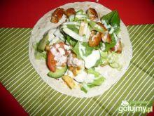 Tortilla drobiowa z sosem miodowym