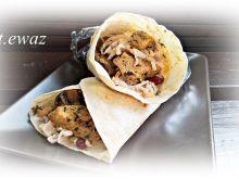 Tortilla z indykiem i warzywami