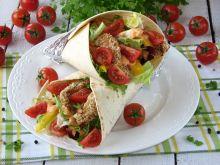 Tortilla z indykiem w sezamie