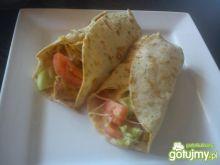 Tortilla z kurczakiem i serem