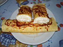 Tortille z jabłkowo-serowym nadzieniem i karmelem