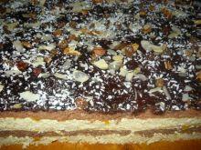 Tortowe ciasto z brzoskwiniami
