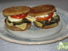 Tostowe hamburgery