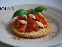 Tosty pomidorowe z serem camembert