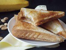 Tosty z masłem orzechowym i bananem