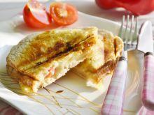Tosty z serem i papryką