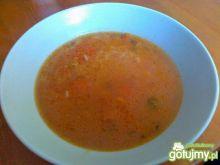 Tradycyjna ryżowa z pomidorami